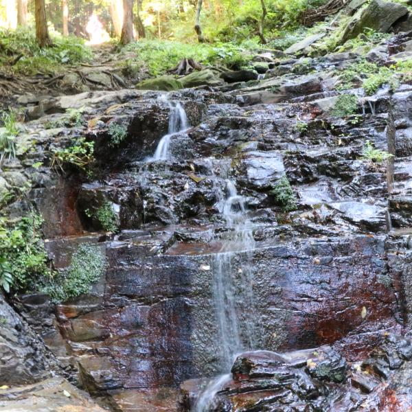 『宝篋山の滝』の画像